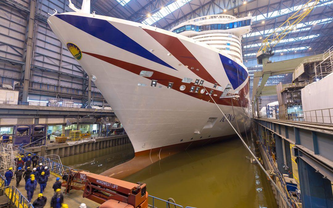 """Meyer Werft: """"Iona"""" hat Baudock verlassen"""