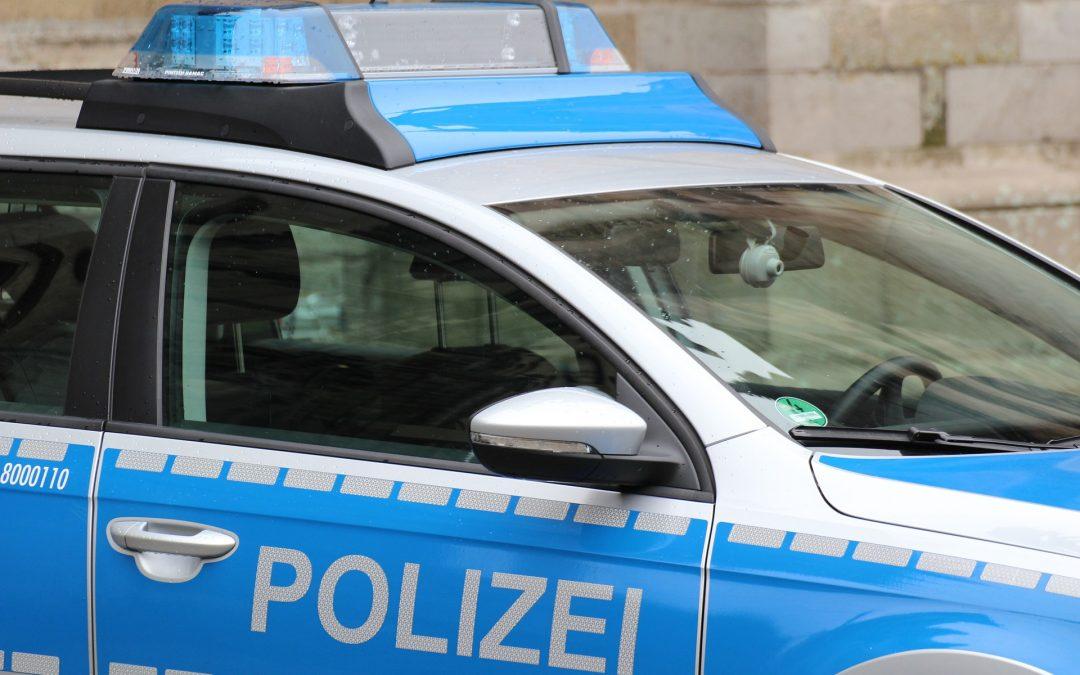 Mit Messer bewaffnet: Mann überfällt Tabakladen in Emden