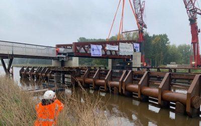 Große Klappe in Winschoten: Längste Fahrradbrücke Europas auf dem Weg der Fertigstellung