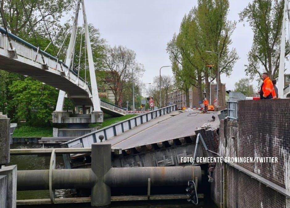 Deutscher Tanker rammt Brücke in Groningen: Rollerfahrer hat Glück im Unglück