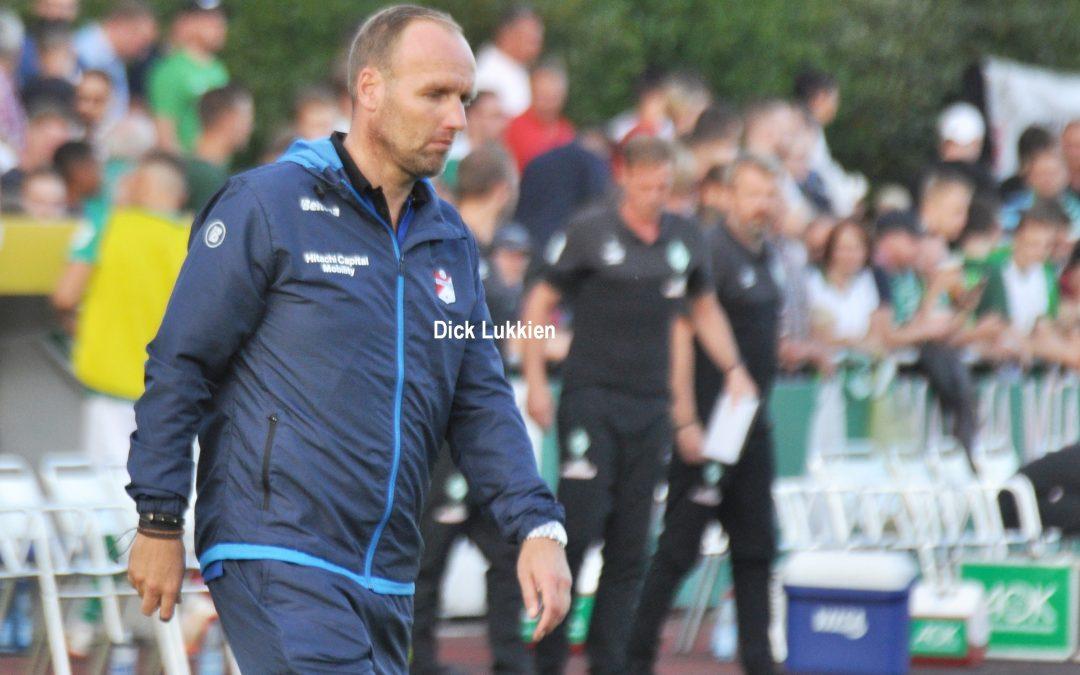 FC Emmen mist een strafschop te veel en degradeert uit de Eredivisie